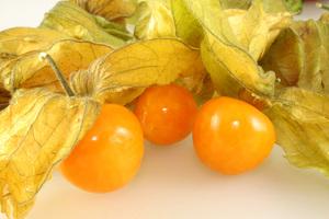 Этот фрукт едят как свежим, так и используют для приготовления десертов