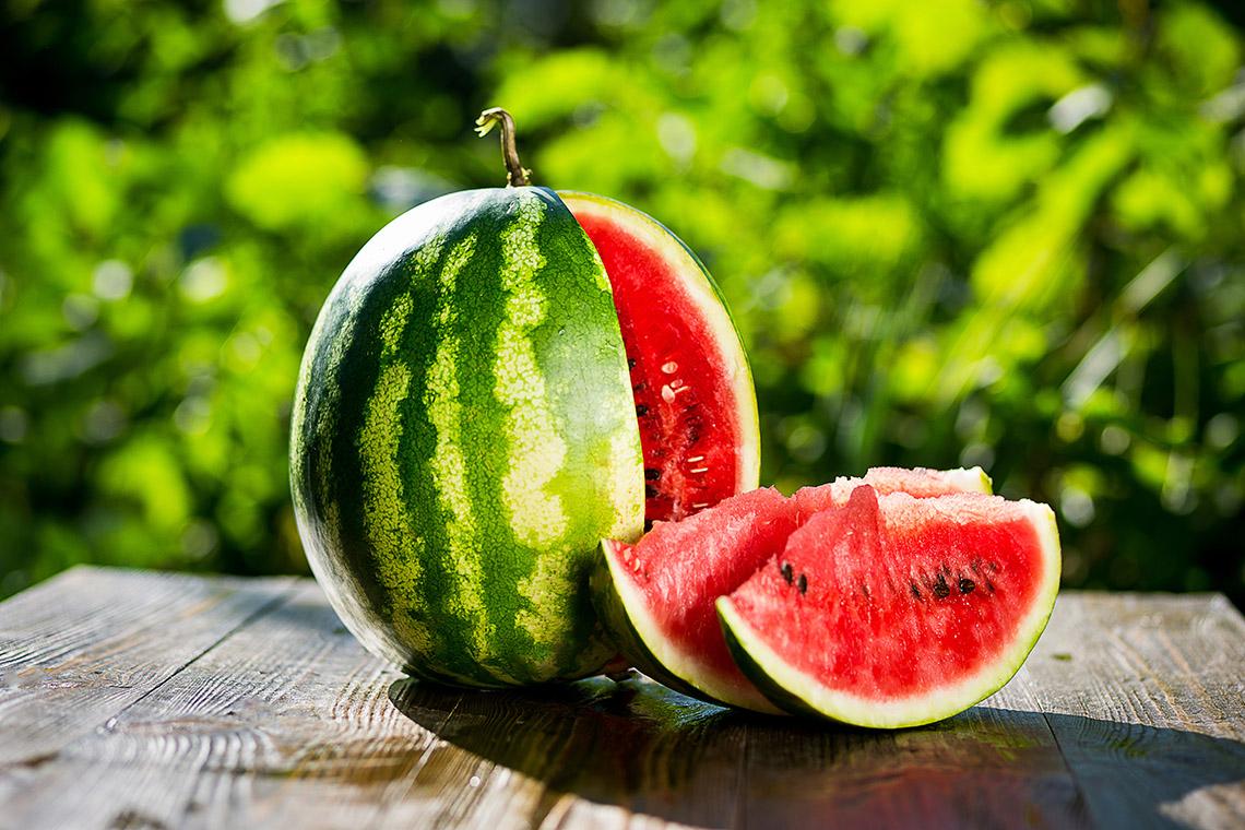 Арбуз в средней полосе: как вырастить эту сладкую сочную ягоду без теплицы