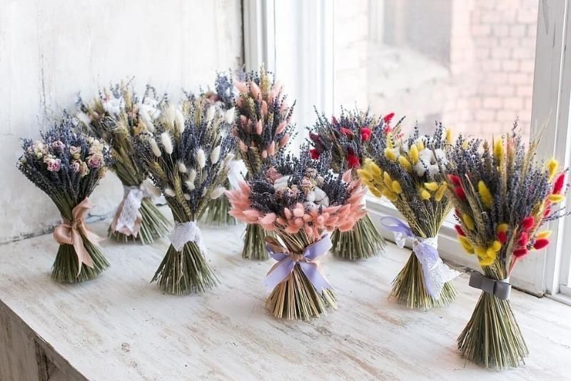 Как необычно засушить цветы, чтобы они продолжали радовать глаз долгое время