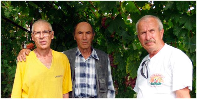 Крайнов, Воронюк и Невзоров на выставке достижений виноградарей