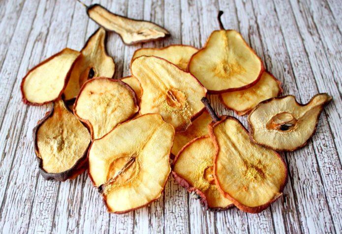 Сушёные плоды груши