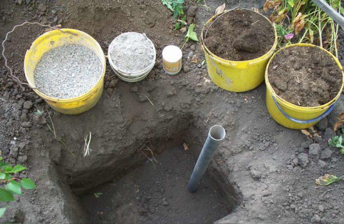 Посадочная яма для винограда